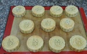 cách làm bánh trung thu dẻo đậu xanh